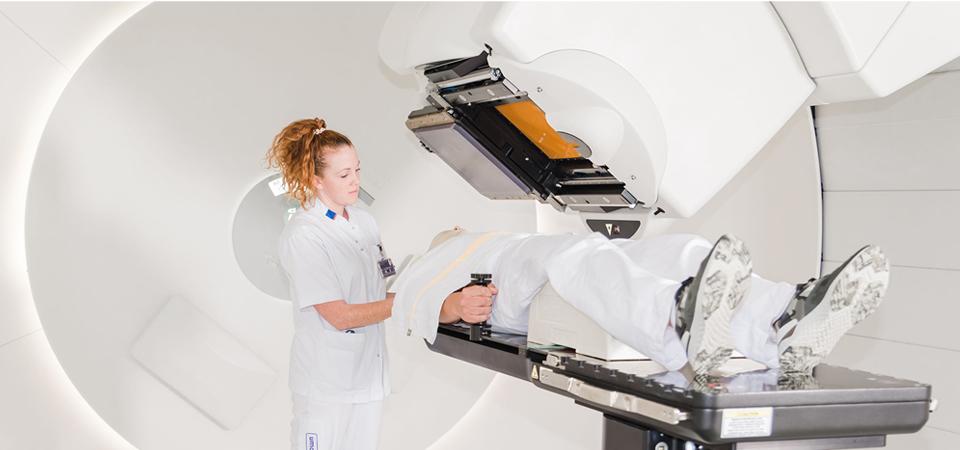 umcg protonentherapie bestraling tumor