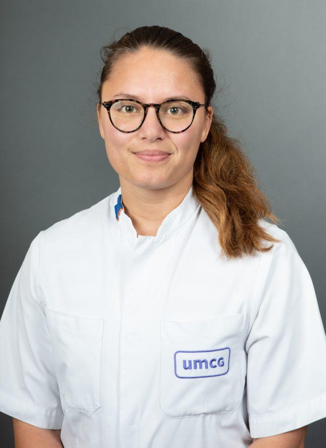 radiotherapeut oncoloog in opleiding umcg protonen asmara pattipeiluhu